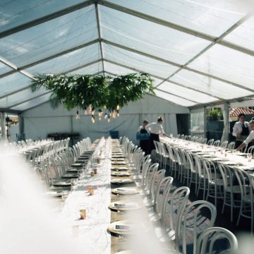 Clear Marquee_Wedding_Ed & Steph_Hedges Ave Mermaid Beach_Table Setup